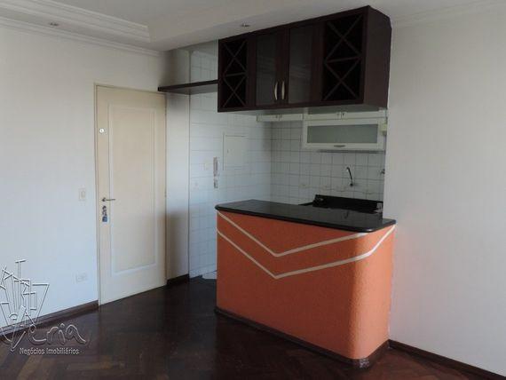 """Apartamento com 2 quartos e Elevador, São Paulo, <span itemprop=""""addressLocality"""">Santo André</span>, por <span itemscope="""""""" itemtype=""""http://schema.org/TradeAction""""><span itemprop=""""price"""">R$ 300.000</span></span>"""