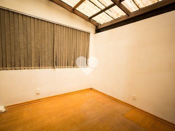 """Apartamento com 1 quarto e 3 Unidades andar, Porto Alegre, <span itemprop=""""addressLocality"""">Azenha</span>, por <span itemscope="""""""" itemtype=""""http://schema.org/TradeAction""""><span itemprop=""""price"""">R$ 175.000</span></span>"""