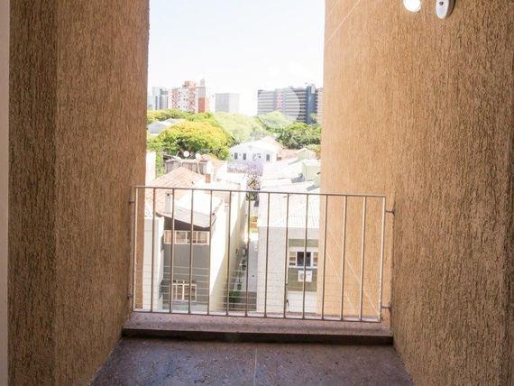 """Apartamento com 1 quarto e Salas, Porto Alegre, <span itemprop=""""addressLocality"""">Cidade Baixa</span>, por <span itemscope="""""""" itemtype=""""http://schema.org/TradeAction""""><span itemprop=""""price"""">R$ 230.000</span></span>"""