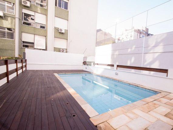 """Apartamento com 2 quartos e Piscina, Porto Alegre, <span itemprop=""""addressLocality"""">Petrópolis</span>, por <span itemscope="""""""" itemtype=""""http://schema.org/TradeAction""""><span itemprop=""""price"""">R$ 599.000</span></span>"""