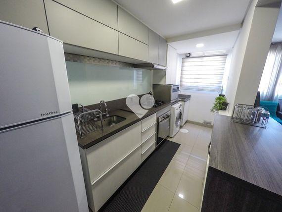 """Apartamento com 2 quartos e Sala ginastica, Porto Alegre, <span itemprop=""""addressLocality"""">São João</span>, por <span itemscope="""""""" itemtype=""""http://schema.org/TradeAction""""><span itemprop=""""price"""">R$ 395.000</span></span>"""