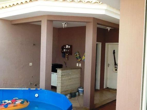 "Casa com 3 dormitórios à venda, 300 m² por <span itemscope="""" itemtype=""http://schema.org/TradeAction""><span itemprop=""price"">R$ 800.000</span></span>- Condomínio Ibiti do Paço - <span itemprop=""addressLocality"">Sorocaba</span>/SP"