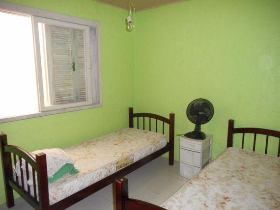 """Casa de 4 dormitórios com piscina e anexo, à venda, <span itemprop=""""addressLocality"""">Centro</span>, Imbé."""