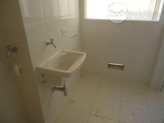 """Apartamento com 3 dormitórios à venda, 140 m² por <span itemscope="""""""" itemtype=""""http://schema.org/TradeAction""""><span itemprop=""""price"""">R$ 850.000</span></span>- Jardim Aquarius - São José dos Campos/SP"""
