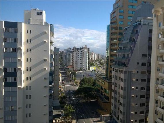 """Apartamento residencial à venda, <span itemprop=""""addressLocality"""">Beira Mar</span>, Florianópolis - AP0036."""