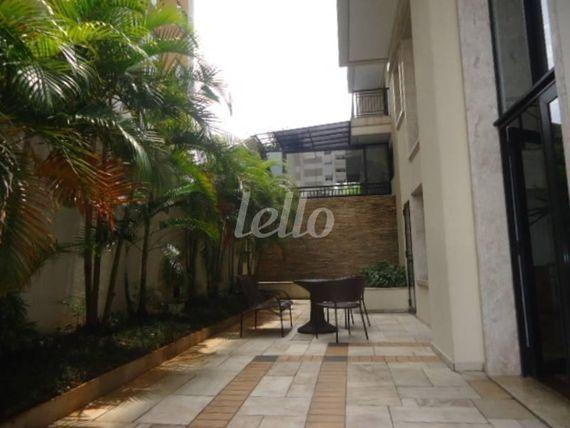 """Apartamento com 2 quartos e Armario embutido na <span itemprop=""""streetAddress"""">Rua Juréia</span>, São Paulo, <span itemprop=""""addressLocality"""">Saúde</span>, por <span itemscope="""""""" itemtype=""""http://schema.org/TradeAction""""><span itemprop=""""price"""">R$ 520.000</span></span>"""