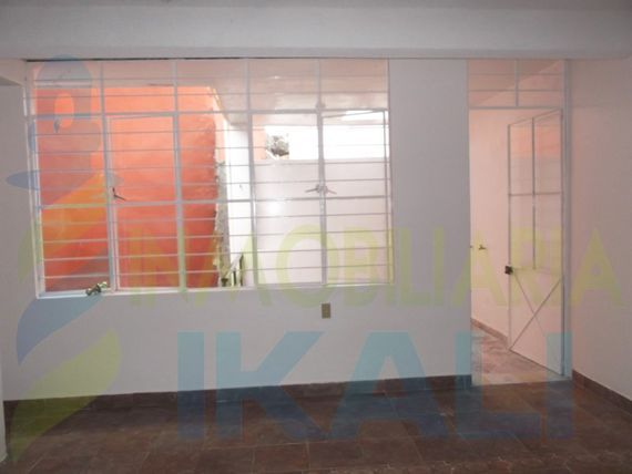 """Vendo casa de 2 pisos en colonia <span itemprop=""""streetAddress"""">Rosa Maria</span> de Tuxpan <span itemprop=""""addressLocality"""">Veracruz</span>, Rosa Maria"""