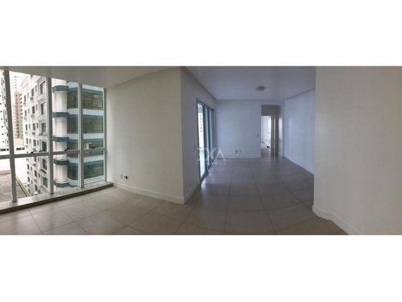 "Apartamento 3 dormitórios 2 vagas no <span itemprop=""addressLocality""><span itemprop=""streetAddress"">Centro</span></span>"