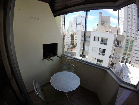 "Apartamento 2 dormitórios no <span itemprop=""addressLocality""><span itemprop=""streetAddress"">Centro</span></span>"