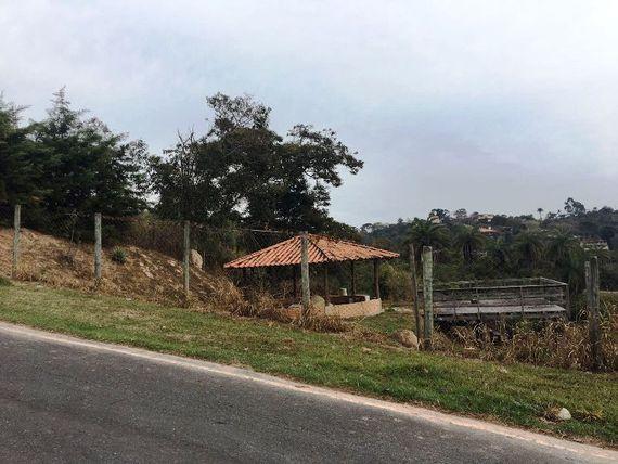 "Terreno, Minas Gerais, <span itemprop=""addressLocality"">Esmeraldas</span>, por <span itemscope="""" itemtype=""http://schema.org/TradeAction""><span itemprop=""price"">R$ 160.000</span></span>"