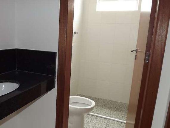 """Cobertura com 2 quartos e Possui divida, Minas Gerais, <span itemprop=""""addressLocality"""">Belo Horizonte</span>, por <span itemscope="""""""" itemtype=""""http://schema.org/TradeAction""""><span itemprop=""""price"""">R$ 459.000</span></span>"""