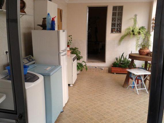 """Sobrado com 3 dormitórios à venda, 286 m² por <span itemscope="""""""" itemtype=""""http://schema.org/TradeAction""""><span itemprop=""""price"""">R$ 900.000</span></span>- <span itemprop=""""addressLocality"""">Cerâmica</span> - São Caetano do Sul/SP"""