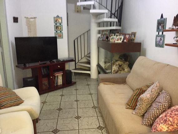 """Sobrado com 3 dormitórios à venda, 144 m² por <span itemscope="""""""" itemtype=""""http://schema.org/TradeAction""""><span itemprop=""""price"""">R$ 550.000</span></span>- Assunção - <span itemprop=""""addressLocality"""">São Bernardo do Campo</span>/SP"""