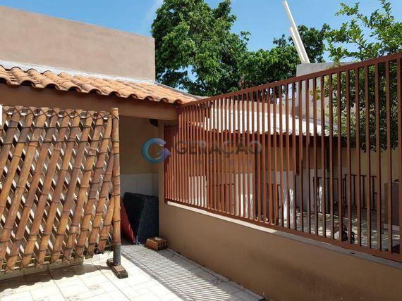 """Casa com 2 dormitórios à venda, 80 m² por <span itemscope="""""""" itemtype=""""http://schema.org/TradeAction""""><span itemprop=""""price"""">R$ 320.000</span></span>- <span itemprop=""""addressLocality"""">Residencial Santa Paula</span> - Jacareí/SP"""