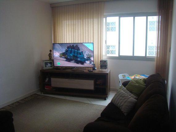 """Apartamento com 3 dormitórios à venda, 117 m² por <span itemscope="""""""" itemtype=""""http://schema.org/TradeAction""""><span itemprop=""""price"""">R$ 450.000</span></span>- <span itemprop=""""addressLocality"""">Vila Adyana</span> - São José dos Campos/SP"""