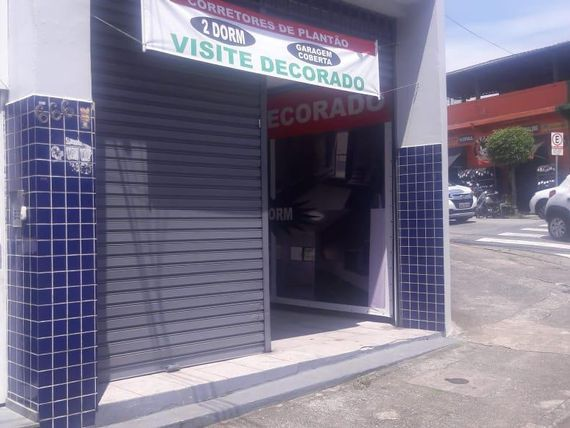 "Salão para alugar, 970 m² por <span itemscope="""" itemtype=""http://schema.org/TradeAction""><span itemprop=""price"">R$ 2.200</span></span>/mês - Parque das Nações - <span itemprop=""addressLocality"">Santo André</span>/SP"