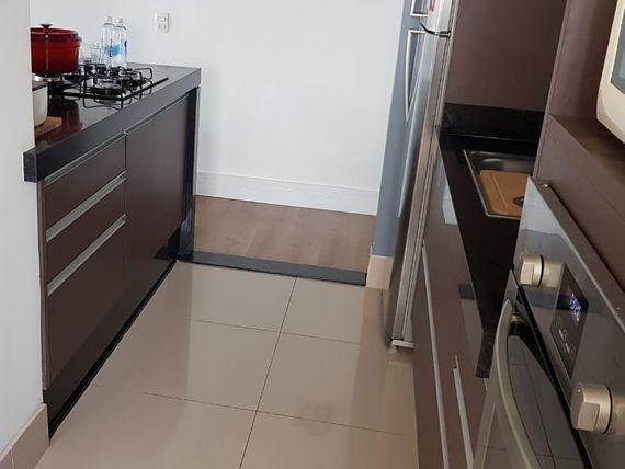 "Apartamento com 2 dormitórios à venda, 93 m² por <span itemscope="""" itemtype=""http://schema.org/TradeAction""><span itemprop=""price"">R$ 590.000</span></span>- Vila Valparaíso - <span itemprop=""addressLocality"">Santo André</span>/SP"