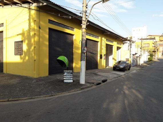 """Salão para alugar, 300 m² por <span itemscope="""""""" itemtype=""""http://schema.org/TradeAction""""><span itemprop=""""price"""">R$ 3.200</span></span>/mês - <span itemprop=""""addressLocality"""">Jardim São Vicente</span> - Cotia/SP"""