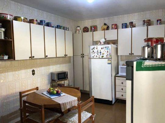 """Casa com 3 dormitórios à venda, 195 m² por <span itemscope="""""""" itemtype=""""http://schema.org/TradeAction""""><span itemprop=""""price"""">R$ 585.000</span></span>- <span itemprop=""""addressLocality"""">Jardim dos Ipês</span> - Cotia/SP"""