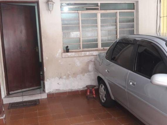 SOBRADO FRONTAL DE 2 DORM. COM 1 VAGA DE GARAGEM COBERTO