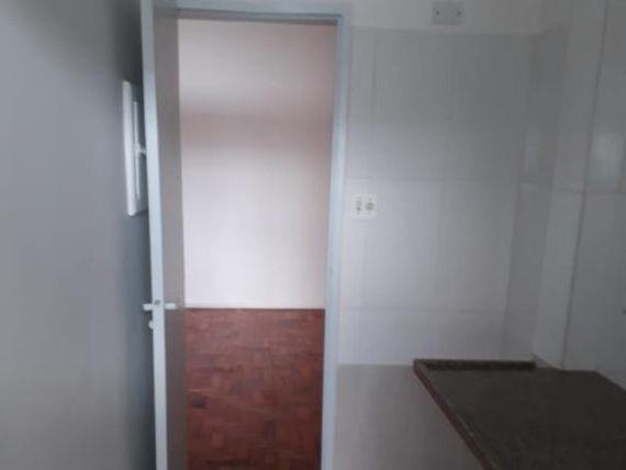 """Kitnet com 1 dormitório à venda, 35 m² por <span itemscope="""""""" itemtype=""""http://schema.org/TradeAction""""><span itemprop=""""price"""">R$ 250.000</span></span>- <span itemprop=""""addressLocality"""">Centro</span> - São Paulo/SP"""