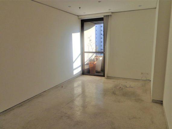 "90 m² por <span itemscope="""" itemtype=""http://schema.org/TradeAction""><span itemprop=""price"">R$ 5.400</span></span>/mês - <span itemprop=""addressLocality"">Itaim Bibi</span> - São Paulo/SP"