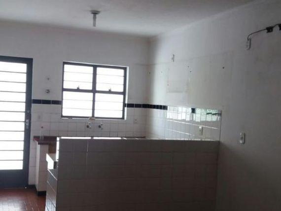 """Casa com 2 dormitórios à venda, 125 m² por <span itemscope="""""""" itemtype=""""http://schema.org/TradeAction""""><span itemprop=""""price"""">R$ 350.000</span></span>- <span itemprop=""""addressLocality"""">Vila Leão</span> - Sorocaba/SP"""