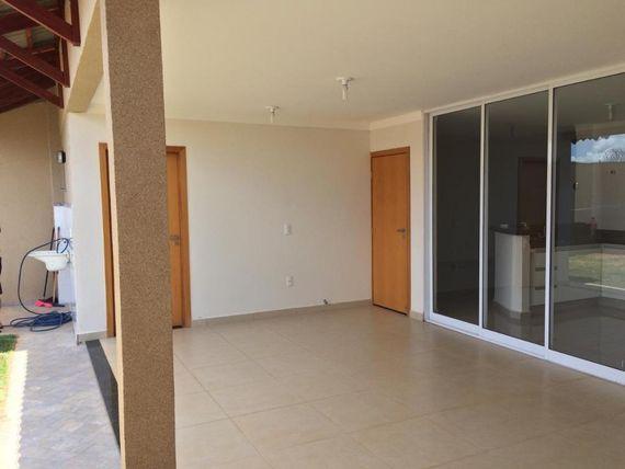 "Casa com 4 dormitórios à venda, 185 m² por <span itemscope="""" itemtype=""http://schema.org/TradeAction""><span itemprop=""price"">R$ 450.000</span></span>- Vila Cassini - <span itemprop=""addressLocality"">São José do Rio Preto</span>/SP"