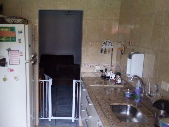 "Apartamento com 2 dormitórios à venda, 55 m² por <span itemscope="""" itemtype=""http://schema.org/TradeAction""><span itemprop=""price"">R$ 185.000</span></span>- Jardim Alvorada - <span itemprop=""addressLocality"">Santo André</span>/SP"