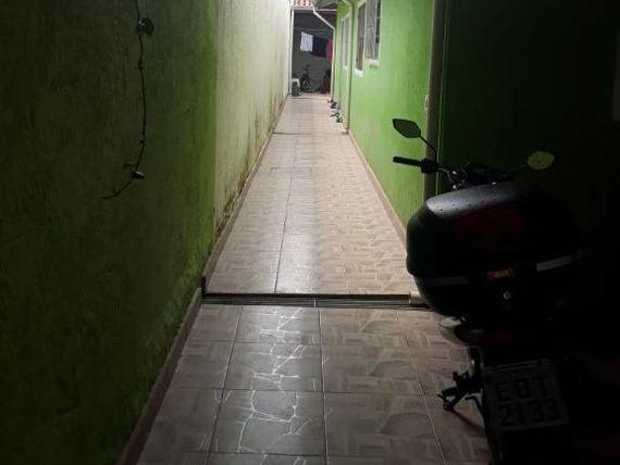 "Casa com 2 dormitórios à venda, 68 m² por <span itemscope="""" itemtype=""http://schema.org/TradeAction""><span itemprop=""price"">R$ 240.000</span></span>- Jardim das Oliveiras (Caucaia do Alto) - <span itemprop=""addressLocality"">Cotia</span>/SP"