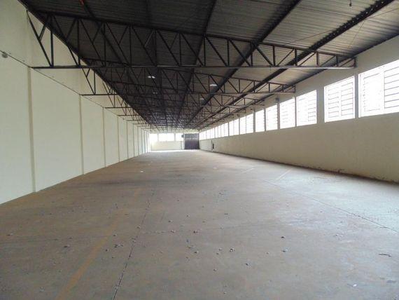 "Galpão para alugar, 1057 m² por <span itemscope="""" itemtype=""http://schema.org/TradeAction""><span itemprop=""price"">R$ 7.000</span></span>/mês - <span itemprop=""addressLocality"">Distrito Industrial I</span> - Santa Bárbara D'Oeste/SP"