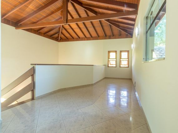 "Lindo sobrado à venda, 396 m² por <span itemscope="""" itemtype=""http://schema.org/TradeAction""><span itemprop=""price"">R$ 1.790.000</span></span>- Condomínio São Joaquim - <span itemprop=""addressLocality"">Vinhedo</span>/SP"