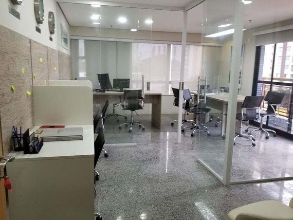 """Sala para alugar, 34 m² por <span itemscope="""""""" itemtype=""""http://schema.org/TradeAction""""><span itemprop=""""price"""">R$ 1.400</span></span>/mês - <span itemprop=""""addressLocality"""">Tatuapé</span> - São Paulo/SP"""