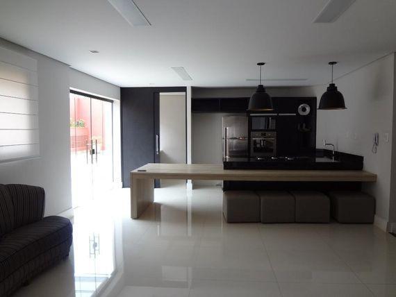 "Apartamento de 211 m² - SBC - SP - <span itemscope="""" itemtype=""http://schema.org/TradeAction""><span itemprop=""price"">R$ 650.000</span></span>"