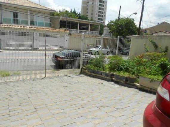 """Sobrado com 3 dormitórios à venda, 157 m² por <span itemscope="""""""" itemtype=""""http://schema.org/TradeAction""""><span itemprop=""""price"""">R$ 650.000</span></span>- <span itemprop=""""addressLocality"""">Jardim das Flores</span> - Osasco/SP"""