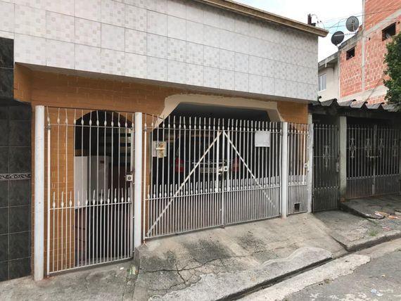 "Sobrado com 6 dormitórios à venda por <span itemscope="""" itemtype=""http://schema.org/TradeAction""><span itemprop=""price"">R$ 380.000</span></span>- Condomínio Maracanã - <span itemprop=""addressLocality"">Santo André</span>/SP"