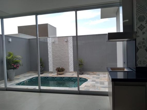 "Casa com 3 dormitórios à venda, 208 m² por <span itemscope="""" itemtype=""http://schema.org/TradeAction""><span itemprop=""price"">R$ 990.000</span></span>- Residencial Gaivota II - <span itemprop=""addressLocality"">São José do Rio Preto</span>/SP"