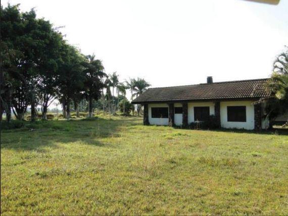 """Fazenda com 7 dormitórios à venda, 789920 m² por <span itemscope="""""""" itemtype=""""http://schema.org/TradeAction""""><span itemprop=""""price"""">R$ 10.000.000</span></span>- Ilha - <span itemprop=""""addressLocality"""">Salto de Pirapora</span>/SP"""
