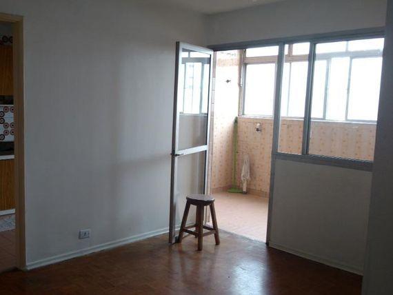 """Apartamento com 2 dormitórios à venda, 65 m² por <span itemscope="""""""" itemtype=""""http://schema.org/TradeAction""""><span itemprop=""""price"""">R$ 350.000</span></span>- <span itemprop=""""addressLocality"""">Tatuapé</span> - São Paulo/SP"""