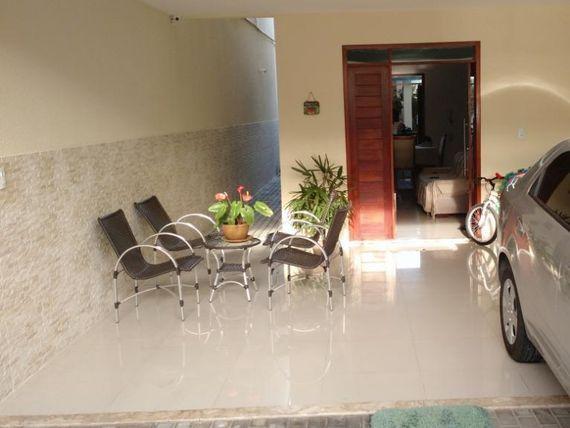 """Casa Duplex com 3 dormitórios à venda, 130 m² por <span itemscope="""""""" itemtype=""""http://schema.org/TradeAction""""><span itemprop=""""price"""">R$ 450.000</span></span>- <span itemprop=""""addressLocality"""">Jardim das Oliveiras</span> - Fortaleza/CE"""