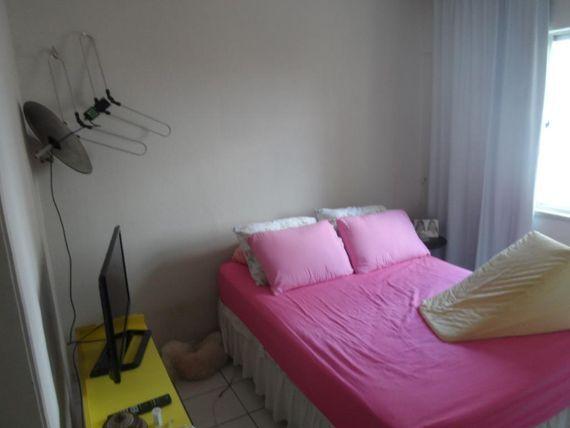 """Apartamento com 2 dormitórios à venda, 70 m² por <span itemscope="""""""" itemtype=""""http://schema.org/TradeAction""""><span itemprop=""""price"""">R$ 240.000</span></span>- <span itemprop=""""addressLocality"""">Jóquei Clube</span> - Fortaleza/CE"""