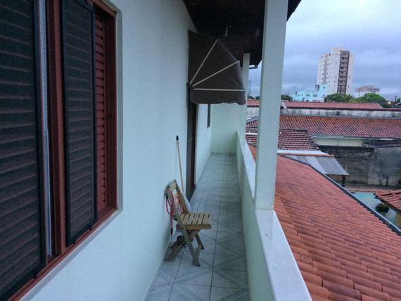 """Sobrado com 3 dormitórios à venda, 132 m² por <span itemscope="""""""" itemtype=""""http://schema.org/TradeAction""""><span itemprop=""""price"""">R$ 480.000</span></span>- <span itemprop=""""addressLocality"""">Jardim América</span> - São José dos Campos/SP"""