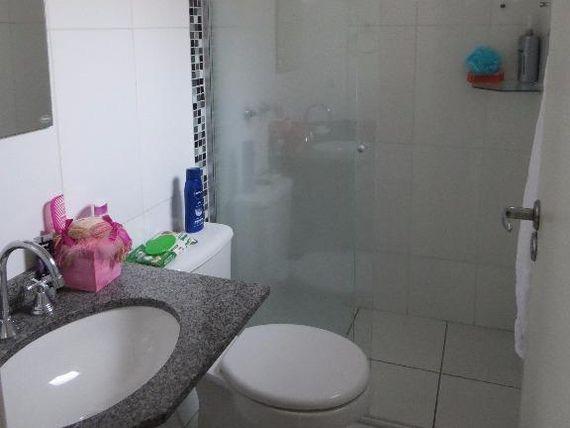 """Lindo Sobrado em Condomínio no <span itemprop=""""addressLocality"""">Pinheirinho</span>"""