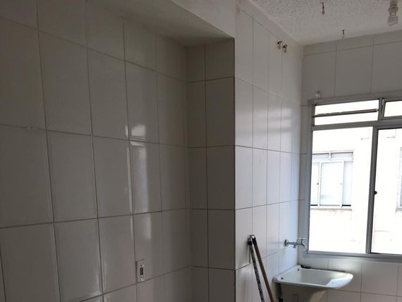 "Apartamento com 2 dormitórios à venda, 50 m² por <span itemscope="""" itemtype=""http://schema.org/TradeAction""><span itemprop=""price"">R$ 190.000</span></span>- Vila Lutécia - <span itemprop=""addressLocality"">Santo André</span>/SP"