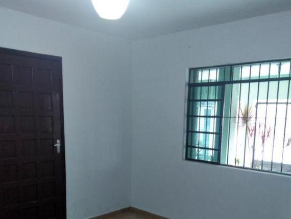 """Casa com 2 dormitórios para alugar, 60 m² por <span itemscope="""""""" itemtype=""""http://schema.org/TradeAction""""><span itemprop=""""price"""">R$ 1.000</span></span>/mês - <span itemprop=""""addressLocality"""">Jardim Estela Mari</span> - Cotia/SP"""
