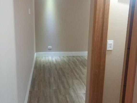 """Casa com 3 dormitórios à venda, 107 m² por <span itemscope="""""""" itemtype=""""http://schema.org/TradeAction""""><span itemprop=""""price"""">R$ 550.000</span></span>- <span itemprop=""""addressLocality"""">Jardim Leonor</span> - Cotia/SP"""