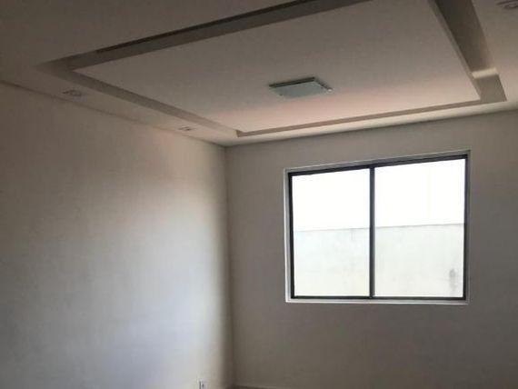 "Apartamento com 2 dormitórios à venda, 61 m² por <span itemscope="""" itemtype=""http://schema.org/TradeAction""><span itemprop=""price"">R$ 200.000</span></span>- Jardim Alzira Franco - <span itemprop=""addressLocality"">Santo André</span>/SP"