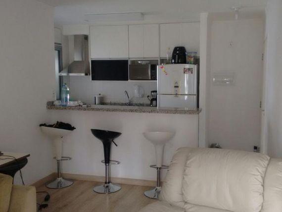 """Apartamento com 3 dormitórios à venda, 63 m² por <span itemscope="""""""" itemtype=""""http://schema.org/TradeAction""""><span itemprop=""""price"""">R$ 390.000</span></span>- <span itemprop=""""addressLocality"""">Tatuapé</span> - São Paulo/SP"""