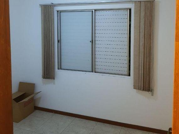 """Apartamento com 2 dormitórios à venda, 58 m² por <span itemscope="""""""" itemtype=""""http://schema.org/TradeAction""""><span itemprop=""""price"""">R$ 160.000</span></span>- Condomínio Portal dos Bandeirantes - <span itemprop=""""addressLocality"""">Sorocaba</span>/SP"""