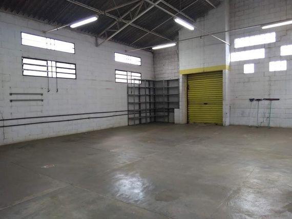 """Galpão à venda, 230 m² por <span itemscope="""""""" itemtype=""""http://schema.org/TradeAction""""><span itemprop=""""price"""">R$ 1.650.000</span></span>- <span itemprop=""""addressLocality"""">Jardim São Caetano</span> - São Caetano do Sul/SP"""